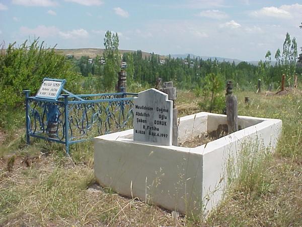 mezarliktan-bir-kare